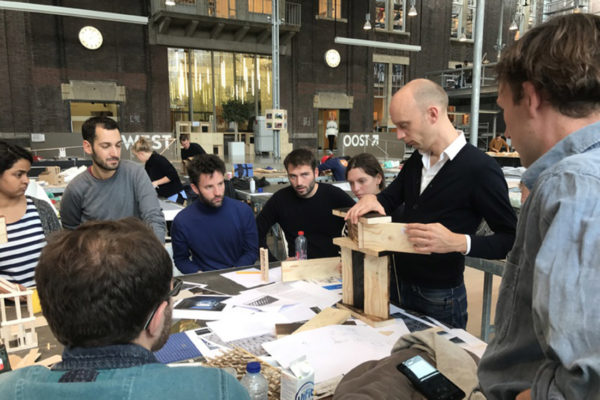 Guillem Colomer as guest critic at The Berlage design master class